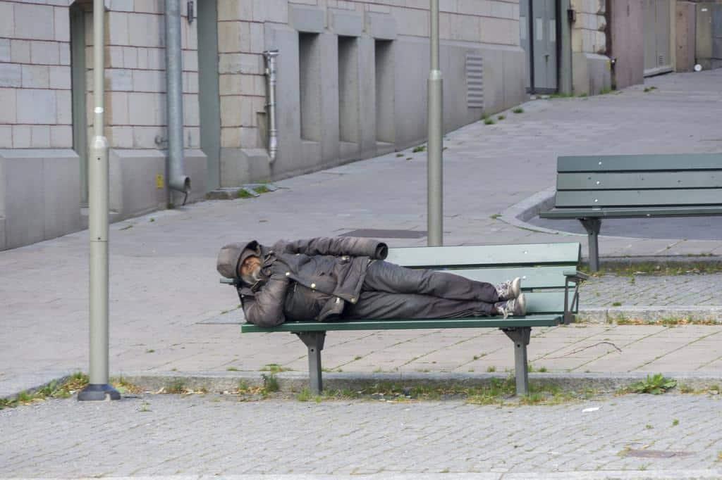 """Dodatkowy konkurs w programie """"Pokonać bezdomność"""""""