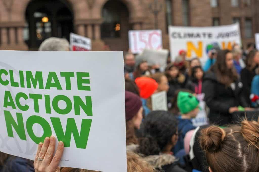 Program Środowisko, Energia i Zmiany Klimatu – Prowadzenie przez szkoły działań podnoszących świadomość na temat łagodzenia zmian klimatu