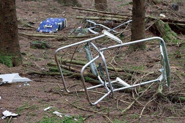 300 mln zł na usuwanie porzuconych odpadów