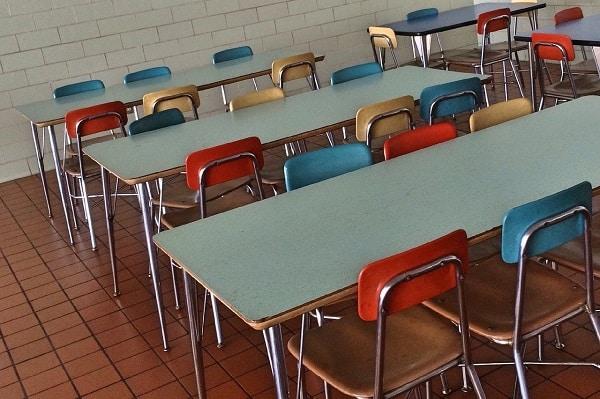"""720 szkół ze wsparciem z programu """"Posiłek w szkole i w domu"""""""
